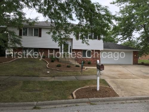 6029 Spring Lane Photo 1