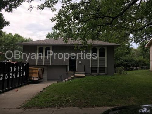 7601 E 119th Terrace Photo 1