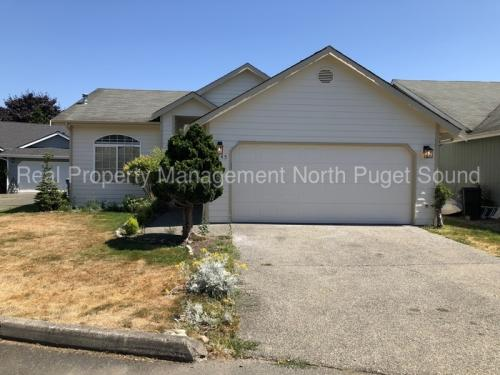 15945 Cascade Lane SE Photo 1