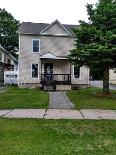 220 Church Street Photo 1
