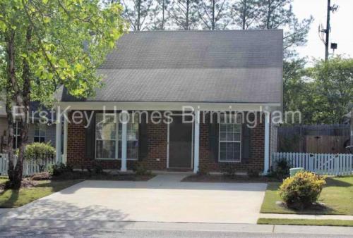 1010 Wyndham Lane Photo 1