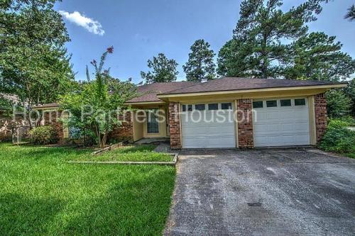 3635 Dawnwood Drive Photo 1