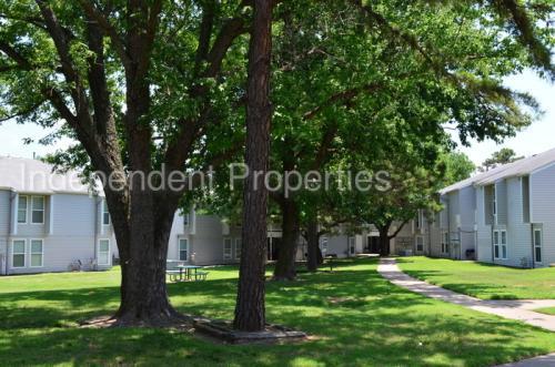 738 Plaza Drive Photo 1