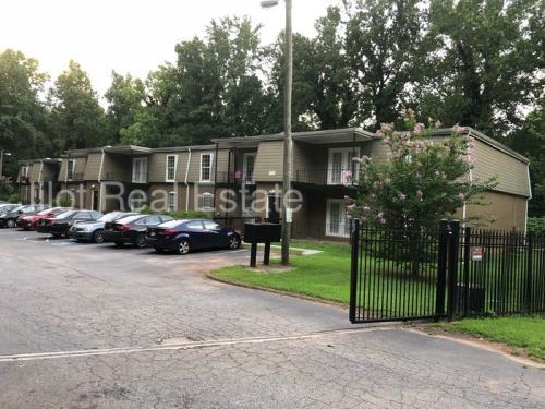 2711 Fairlee Drive #B3 Photo 1