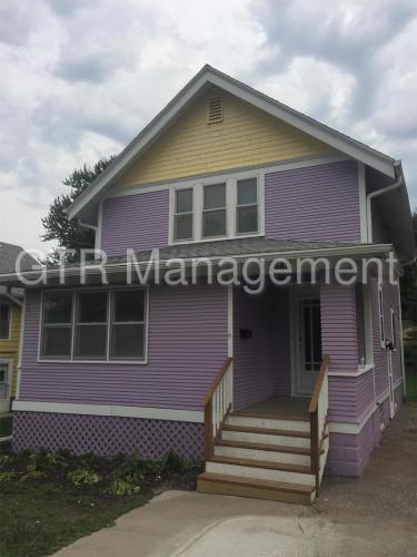 4811 Webster Street Photo 1