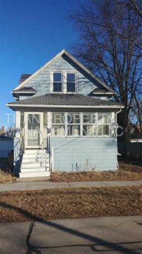 210 E Melvin Avenue Photo 1
