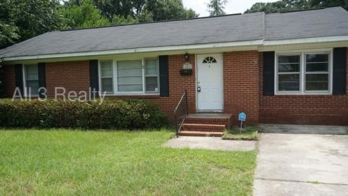 103 Woodlawn Avenue Photo 1