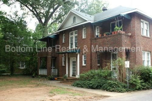 2108 E 7th Street Photo 1