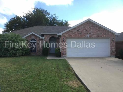 1706 Cancun Drive Photo 1