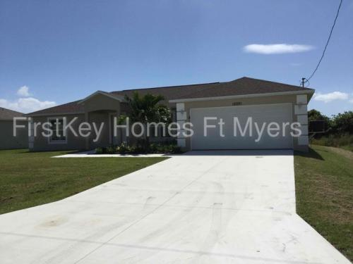 12201 Helios Avenue Photo 1