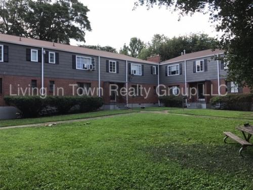 589 Seminole Avenue NE Photo 1