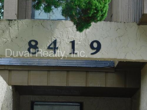 8419 Pineverde Lane Photo 1