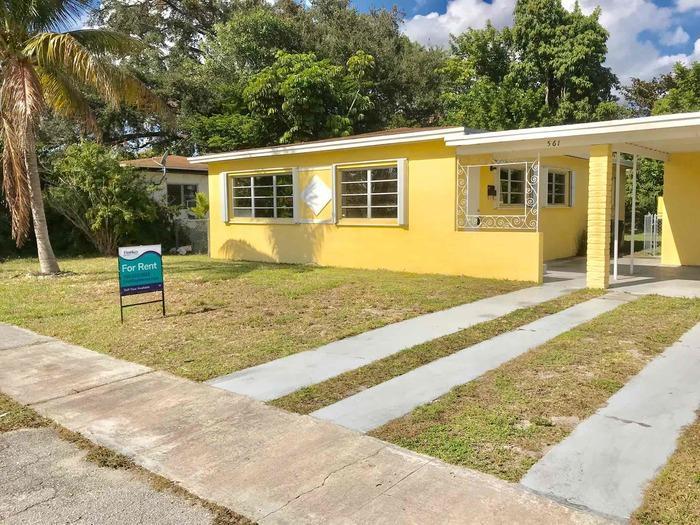 Remarkable 561 Ne 173Rd Street North Miami Beach Fl 33162 Hotpads Interior Design Ideas Clesiryabchikinfo
