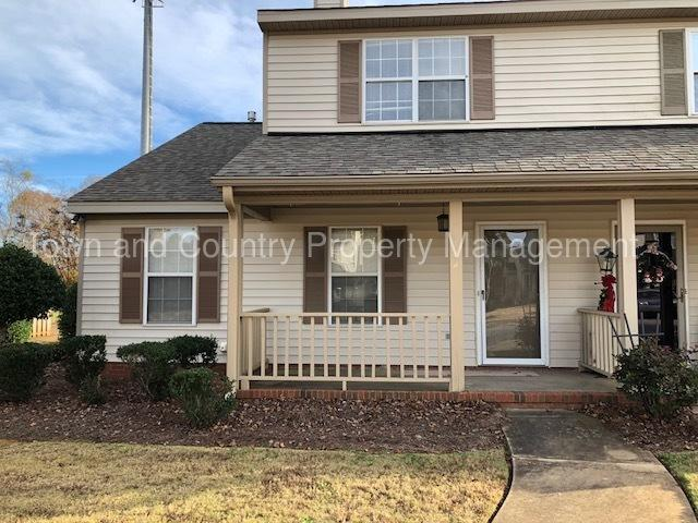 Town And Country Greenwood Sc >> 114 Lauren Circle Greenwood Sc 29649 Hotpads