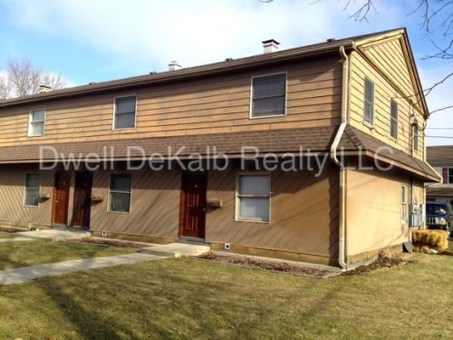 820 W Hillcrest Dr Photo 1