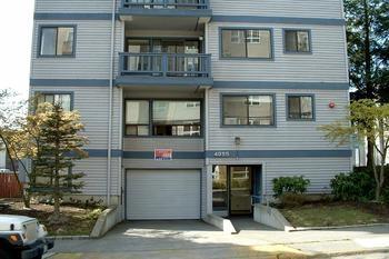 4055 9th Avenue NE Photo 1