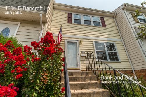 1604 E Bancroft Lane Photo 1