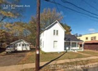 1472 Grand Avenue Photo 1