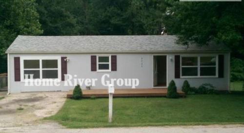 6425 Oak Drive Photo 1