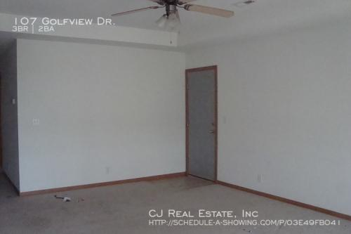 107 Golfview Drive Photo 1