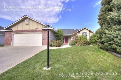 5685 N Parchment Avenue Photo 1