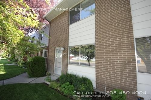 906 D Mckinley Avenue Photo 1