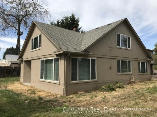 7020 SW Country Club Drive Photo 1