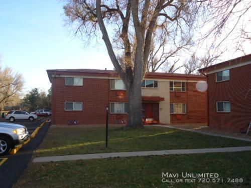 3745 Oak Street Photo 1