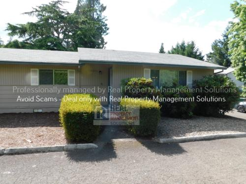 12843 SE Foster Road Photo 1