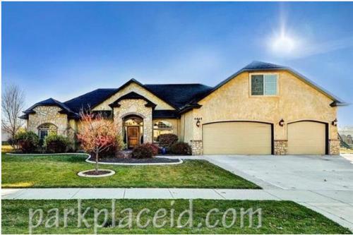 4465 W Escalante Drive Photo 1