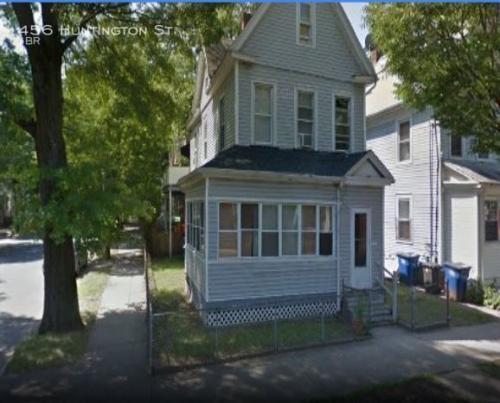 456 Huntington Street Photo 1