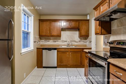 3066 Arcadia Avenue Photo 1