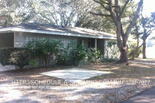 100 Pine Circle Drive Photo 1