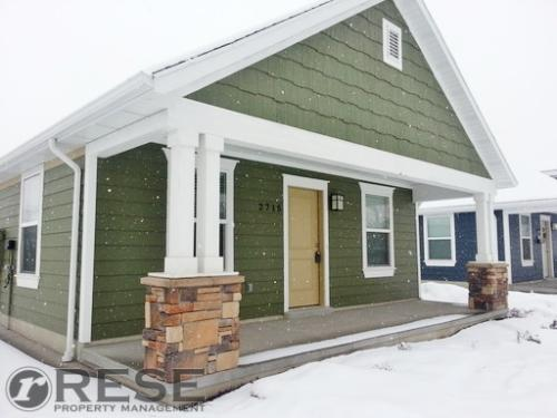 2715 Lincoln Ave Photo 1