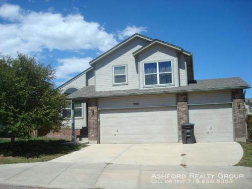 990 Lords Hill Drive Photo 1