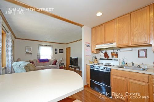 10902 4th Street Photo 1