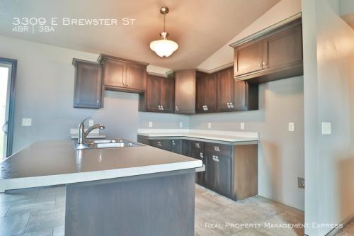 3309 E Brewster Street Photo 1