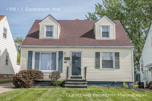 15611 Edgewood Avenue Photo 1