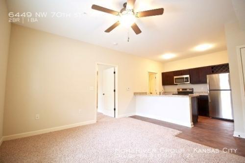 6449 NW 70th Street Photo 1