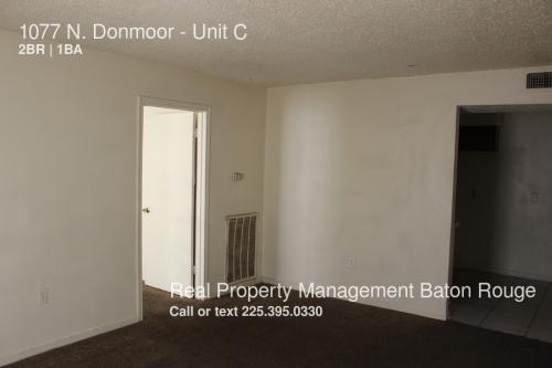 1077 N Donmoor Photo 1