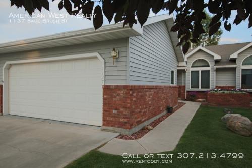 1137 Sage Brush Street Photo 1