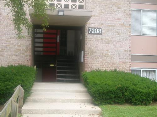 7208 C1 Donnell Place Photo 1