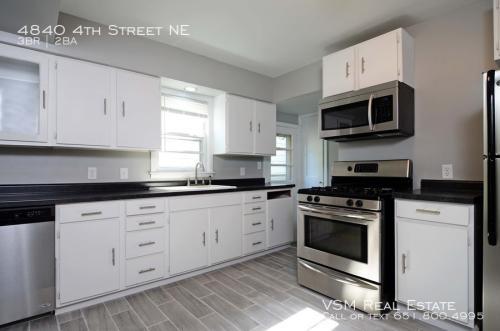 4840 4th Street NE Photo 1
