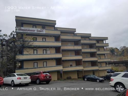 1993 Water Street Photo 1