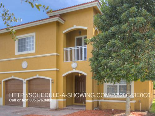 13450 SW 177th Ter Photo 1
