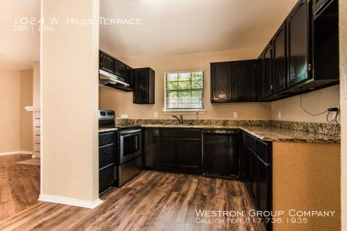 1024 W Hills Terrace Photo 1