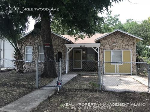 5007 Greenwood Avenue Photo 1