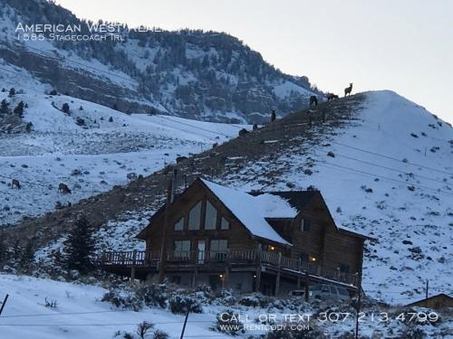 1585 Stagecoach Trail Photo 1