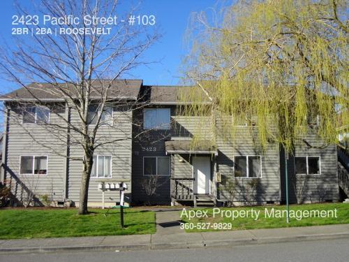 2423 Pacific Street Photo 1