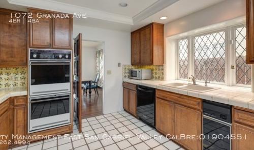 1072 Granada Avenue Photo 1